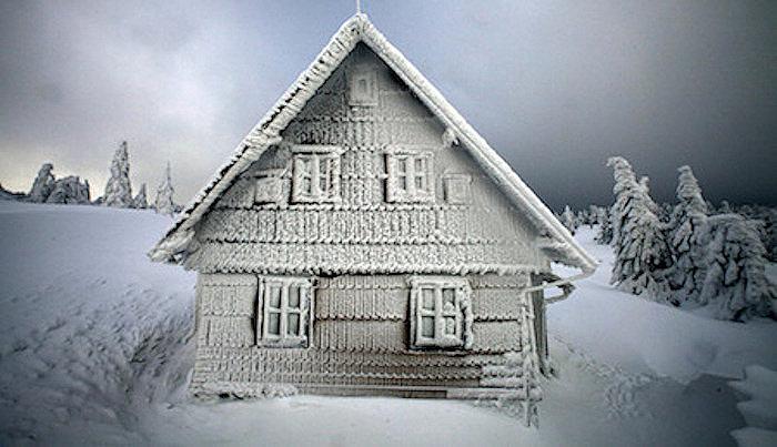 Как экономично решить вопрос дополнительного подогрева квартиры, загородного дома или дачи? Находим оптимальное решение вместе!